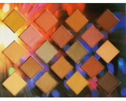 18  цвята сенки Huda beauty