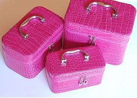 Куфарче за грим и аксесоари 3 броя
