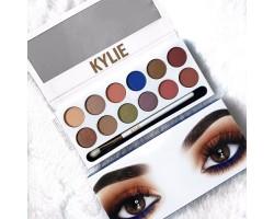 Палитра сенки за очи от 12 цвята -  MEGANE KYLIE