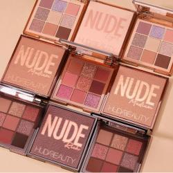 Nude - компактна палитра - 9 цвята