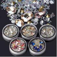 Камъчета и декорация за нокти