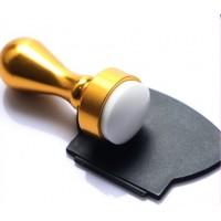 Златен печат за нокти