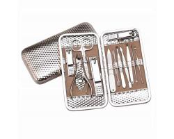 Сет инструменти за маникюр и педикюр